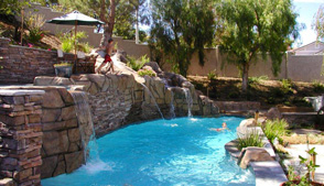 Los Angeles Pool builder in LA, Burbank, custom swimming pools